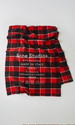 Cassiar Check, Acne Studios