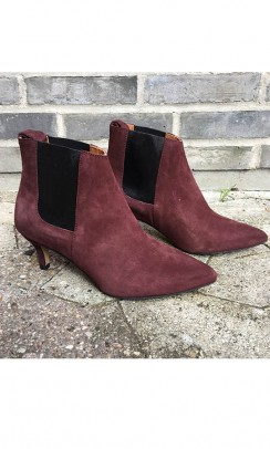 ANONYMOUS COPENHAGEN Laural calf suede rød-20